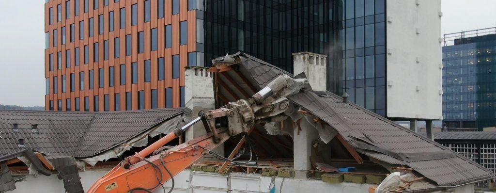 Zapis z rozbiórki budynku Skoda Plichta Gdańsk