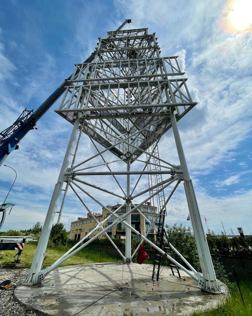 Zakończyliśmy demontaż 60 tonowego pylonu na terenie Morskiego Parku Handlowego